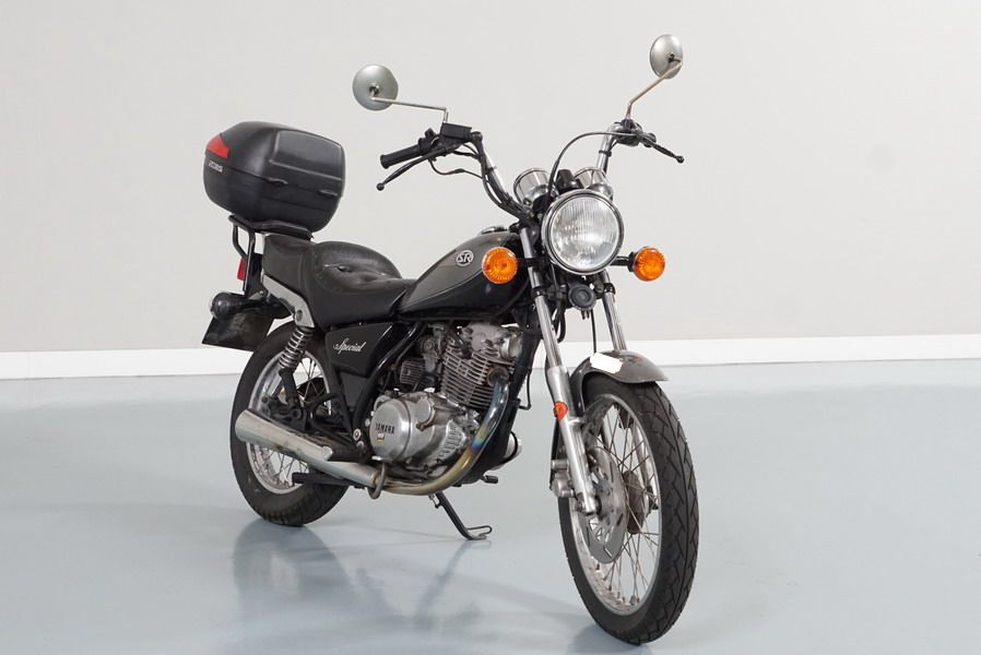 Yamaha SR Special 250. Pocos Kms, Revisiones Selladas. Envios a Toda España.