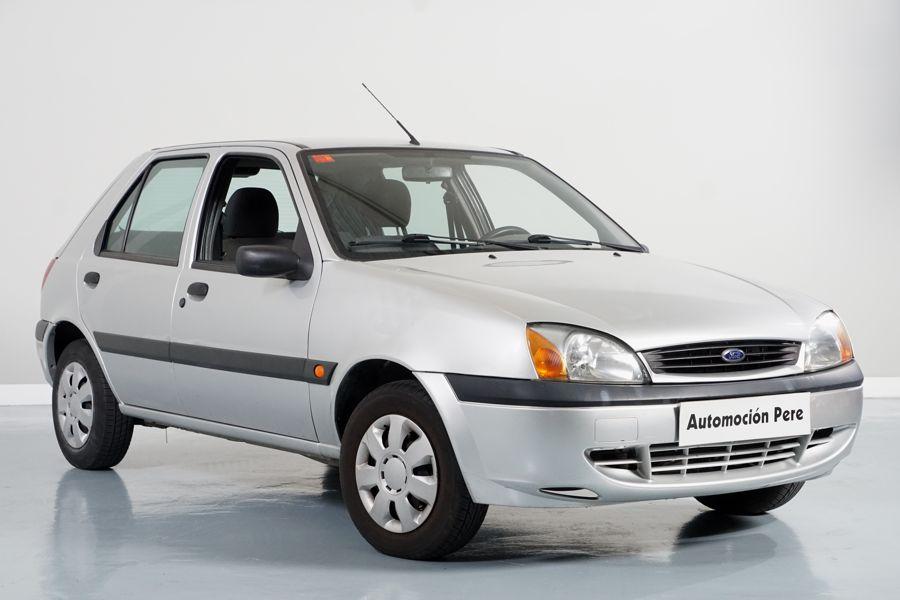 Ford Fiesta 1.3i Trend. Pocos Kms. Revisiones Selladas. Garantía 12 Meses.