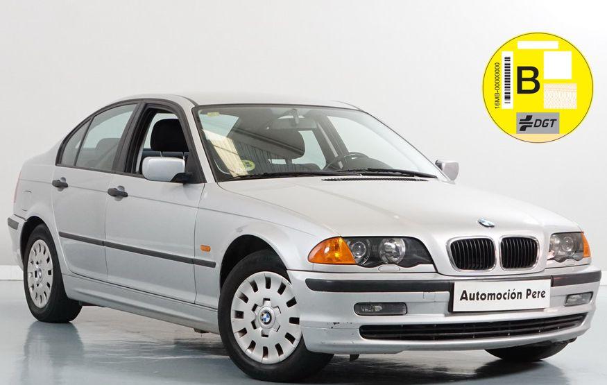 BMW 318i Automático/Sec. Pocos Kms. Revisiones Selladas. Garantía 12 Meses.