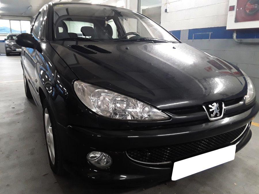 Próximamente: Peugeot 206 2.0 HDi 90 CV XS. Pocos Kms. Revisiones Selladas. Revisado y con 12 Meses de Garantía.