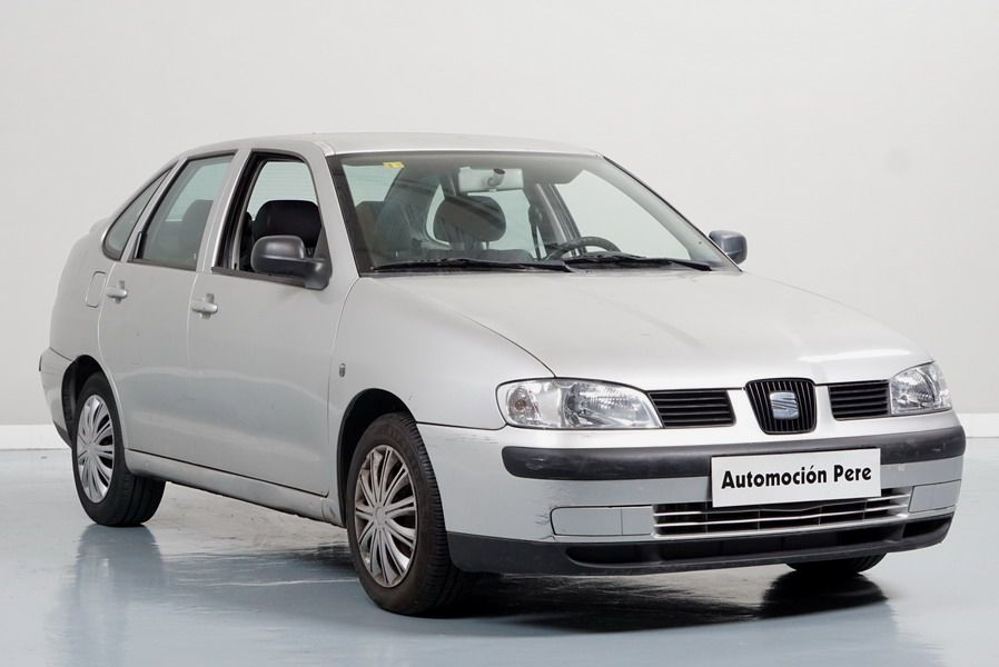 Nueva Recepción: Seat Cordoba 1.9 TDi 90 CV Stella. Económico. Solo 82.000 Kms. Revsiones Sellas. Garantía 12 Meses.