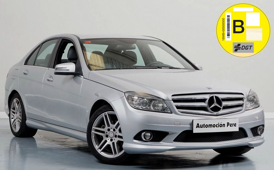 "Mercedes-Benz C-Klasse C 200 CDI 136 CV Blue Efficency Avantgarde ""Look AMG"" Libro Digital"