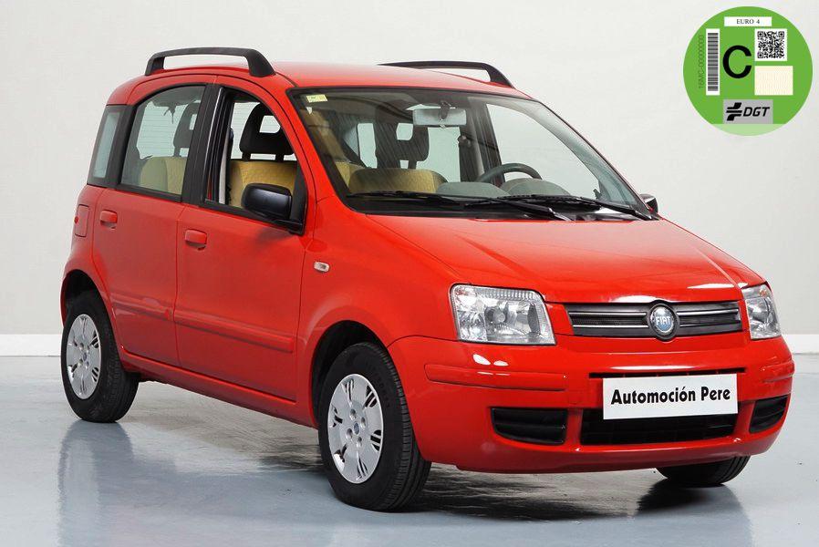 Fiat Panda 1.2i Dynamic. Pocos Kms. Revisiones Selladas. Por 94 Euros/Mes.