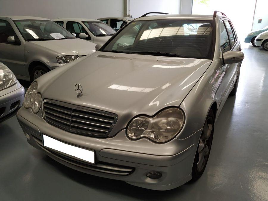 Nueva Recepción: Mercedes Benz C220 CDi T 150 CV Familiar. Único Propietario. Solo 61.000 Kms. Revisiones Oficiales. Garantía 12 Meses.