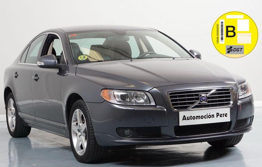 Nueva Recepción: Volvo S 80 2.4 D5 Automatico/Sec Momentum. Único Propietario. SOLO 32.900 Kms !! Revisiones Selladas. Única Oportunidad.