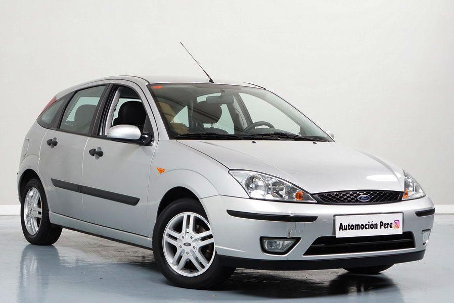 Ford Focus 1.8 TDDi 90 CV Trend. Solo 62.000 Kms. Único Dueño. Revisiones Selladas. OJO!! Mirar Paragolpes Delantero.