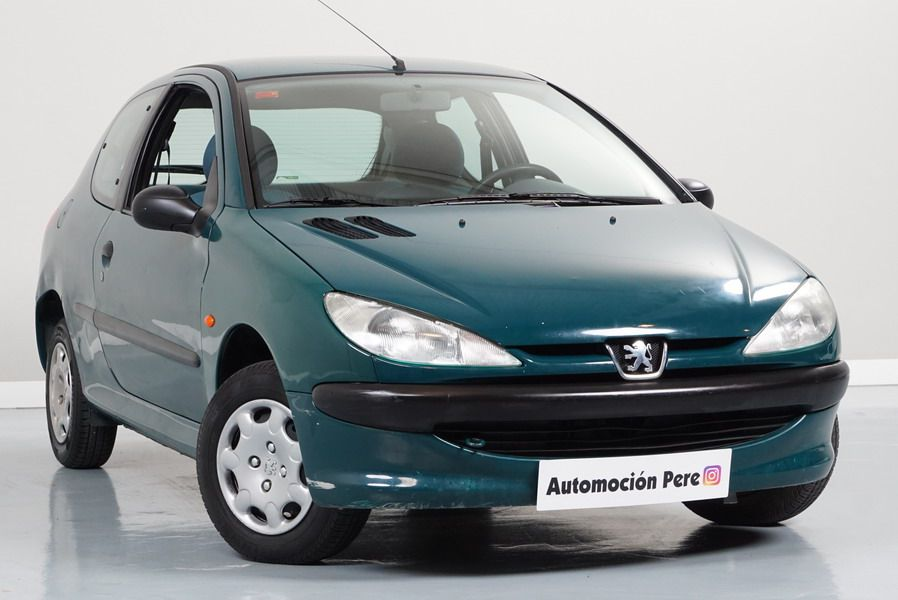 Peugeot 206 1.4i XR Solo 80.000 Kms! Económico, Revisado y Garantía 12 Meses (Taller Propio)