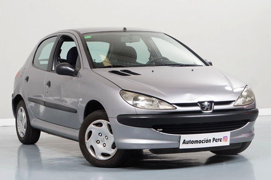 Peugeot 206 1.9 Diesel XR. Económico, Revisado, Garantía 12 Meses. Única Propietaria. Pequeños Daños de Carroceria. Ojo!! Mirar Fotos.