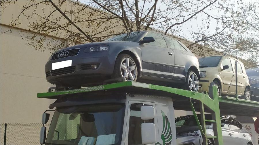 Nueva Recepción: Audi A3 2.0 TDi 140 CV DSG Ambition. Único Dueño. Revisiones Selladas. Pocos Kms.