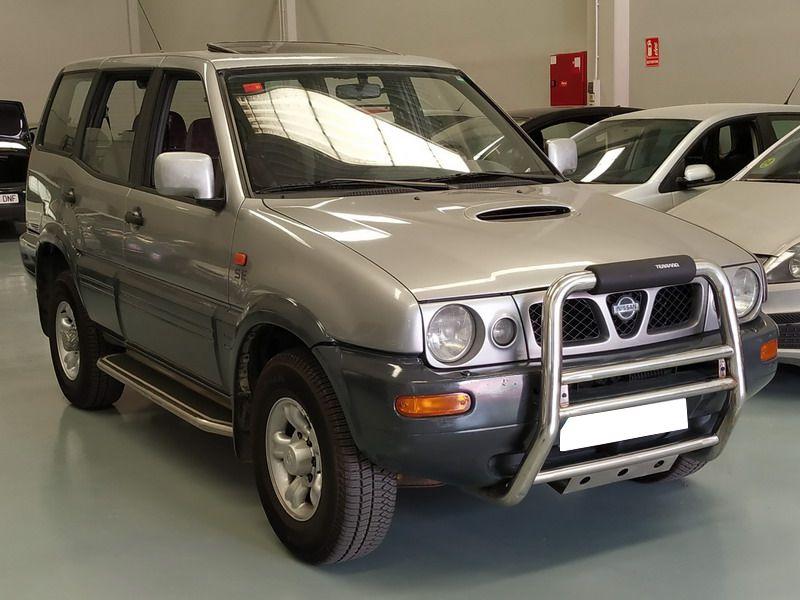 Nissan Terrano II 2.7 TDi 125 CV 4x4 Automático. 7 Plazas.