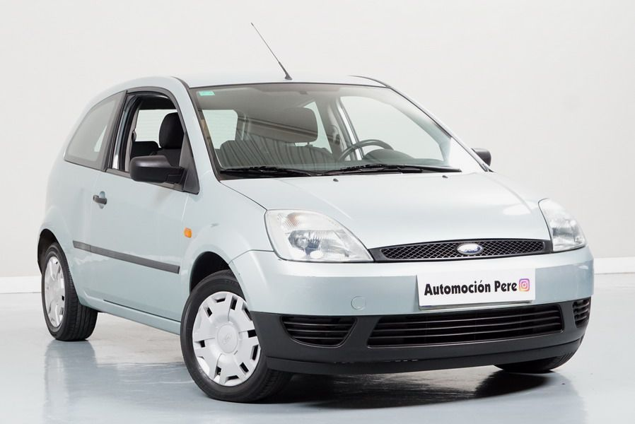 Ford Fiesta 1.4 TDCi Ambiente. Único Propietario. Pocos Kms. Revisiones Selladas.